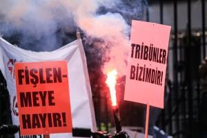 Die Tribünen gehören uns - Ultras-Demonstration in Istanbul