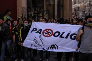 Nein zum Passolig - Fußballfans protestieren gegen das E-Ticket