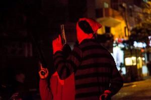 In Gazi weiß man sich gegen Polizeiangriffe zu schützen (Fotograf: Sinan Targay)