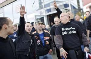 """Hier geht´s nicht um """"Salafisten"""" - Neonazis auf der HoGeSa-Demonstration in Köln"""