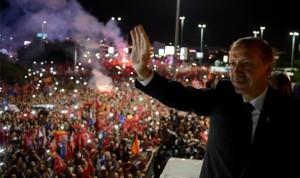 Beschissene Kräfteverhältnisse: Erdogans Lager ist weiterhin groß, dazu kommen noch eine größe Anzahl von IS-Fans und die Kurdenhasser von der MHP
