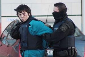 Nikos Romanos bei seiner Verhaftung nach einem versuchten Banküberfall