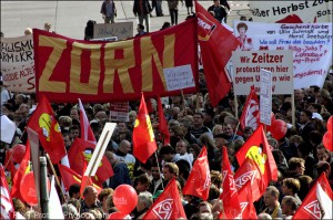 Großdemonstration in Berlin gegen Hartz IV, 2004