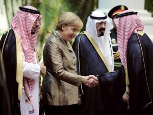 """Zu Gast bei Mördern: Angela Merkel bei der Pflege der """"freundschaftlichen"""" Beziehungen mit Saudi-Arabien"""