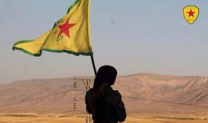 Eine politische Idee gegen den Islamischen Staat: Kämpferin der Volksverteidigungseinheiten YPG