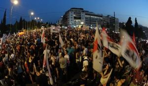 Die Kräfte unterstützen, die den Widerstand weitertragen: GewerkschafterInnen protestieren gegen die Kapitulation von Syriza