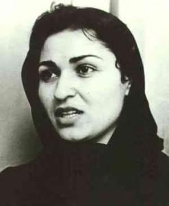 RAWA wurde 1977 in Kabul von Meena Keshwar Karmal gegründet. Die Organisation setzte sich vor allem für die Rechte von Frauen, demokratische Rechte und Säkularismus ein, war jedoch auch von maoistischen Ideen beeinflusst. Karmal wurde, wie ihr Mann Faiz Ahmad, 1987 ermordet. Unklar ist bis heute, ob der damalige Afghanische Geheimdienst oder der islamistische Warlord Gulbuddin Hekmatyar hinter dem Anschlag steckte.