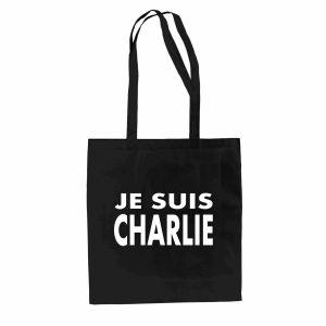 """Stilechte Trauer: Im """"je suis charlie"""" - Shirt und dazugehörigem Stoffbeutel zeigst du auch dem letzten Skeptiker im Kreuzberger Café, dass du es ernst meinst."""
