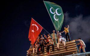 Osmanisches Reich und Türkische Republik auf dem Taksim Platz - klar, voll Kontinuität und so.
