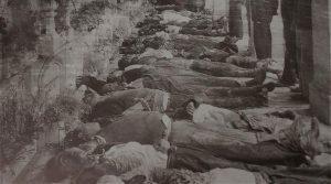 Brutale Unterdrückung jeder Opposition. Die Forderung nach besseren arbeitsbedingungen war schon 1928 Grund genug für ein Massaker an Bananenarbeitern in Cienaga